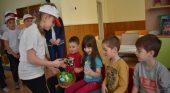 Славейковци нашариха красиви Великденски яйчица за бъдещи първокласници